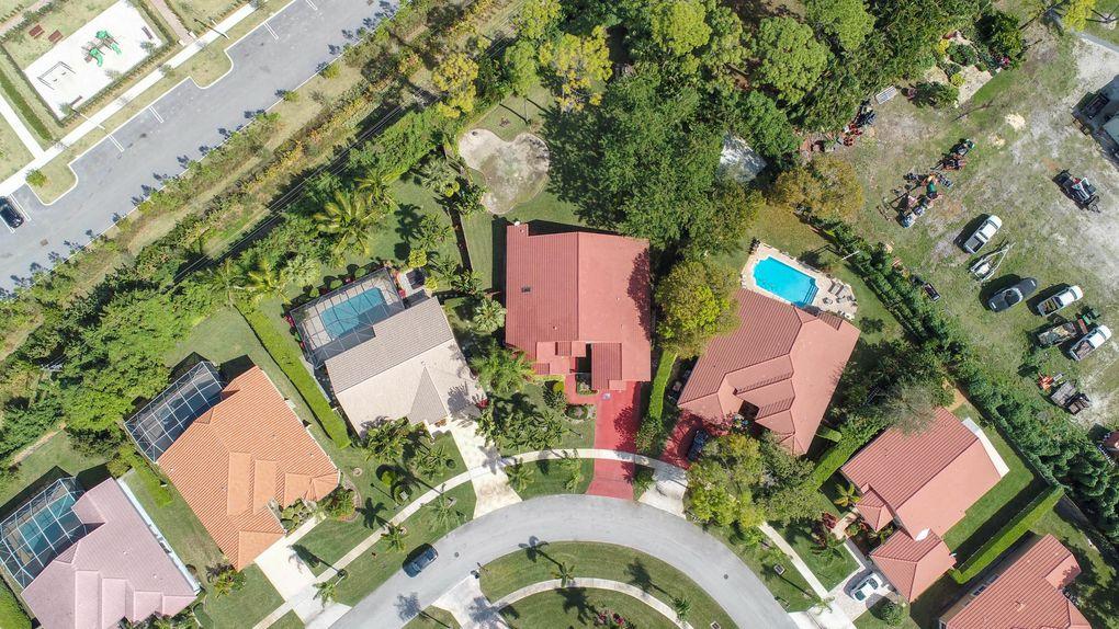 5726 Aspen Ridge Cir, Delray Beach, FL 33484