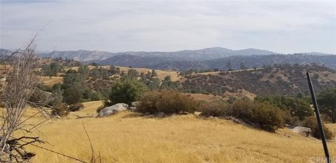 Photo of 20 Hidden Springs Rd, Raymond, CA 93654