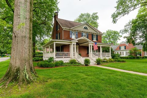 Photo of 4001 Norbourne Blvd, Louisville, KY 40207