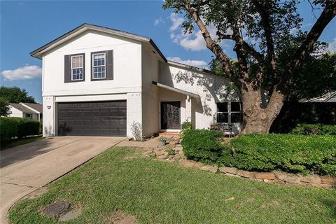 Photo of 15706 Covewood Cir, Dallas, TX 75248
