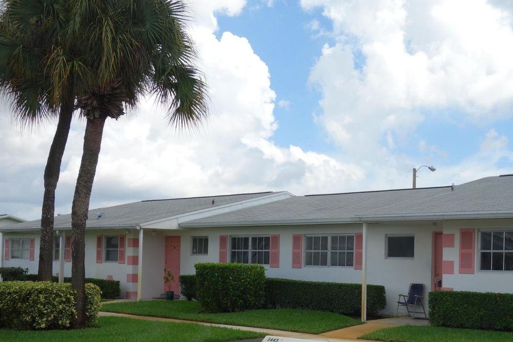 5443 Cresthaven Blvd Apt D, West Palm Beach, FL 33415