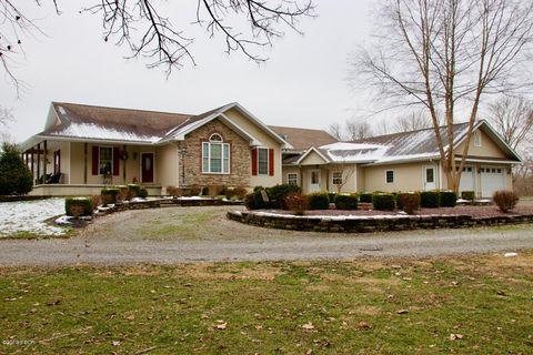Photo of 4600 Ava Rd, Murphysboro, IL 62966