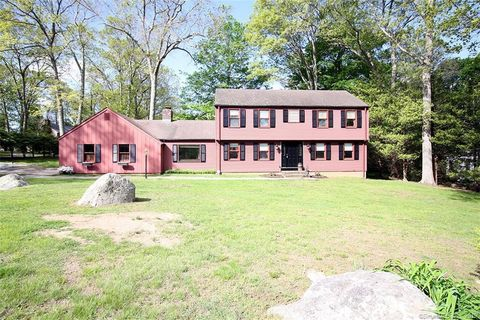 Photo of 45 Meeting House Ln, Westbrook, CT 06498