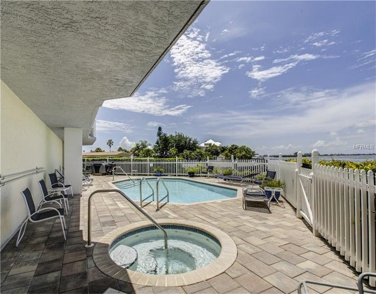 1860 N Fort Harrison Ave Apt 201 Clearwater Fl 33755