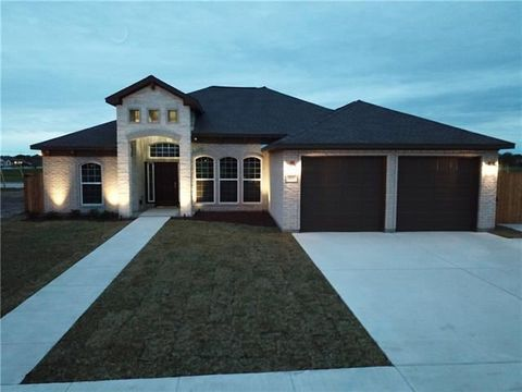 Photo of 107 Andrea Ct, Victoria, TX 77904