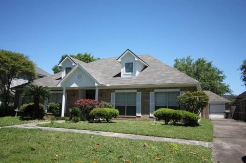 Photo of 3370 Shady Hollow Ln, Beaumont, TX 77706
