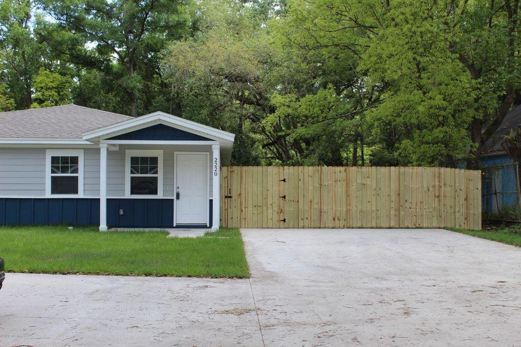 Peachy 2220 Thomas Ct Jacksonville Fl 32207 Home Interior And Landscaping Oversignezvosmurscom
