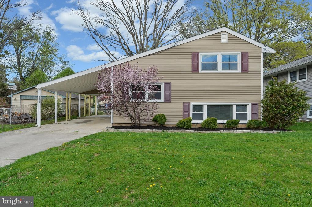 154 Dubois Ave, West Deptford, NJ 08096
