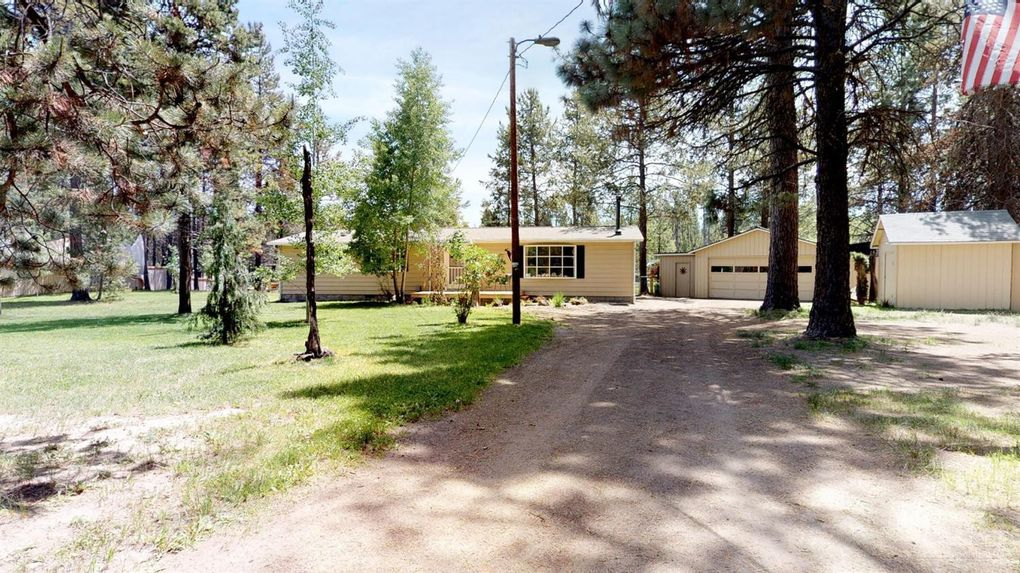 17095 Upland Rd Bend, OR 97707
