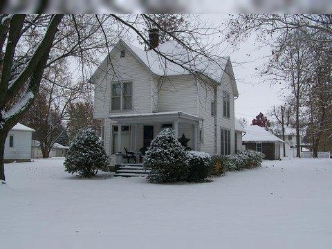 301 E Elm St, Fairbury, IL 61739