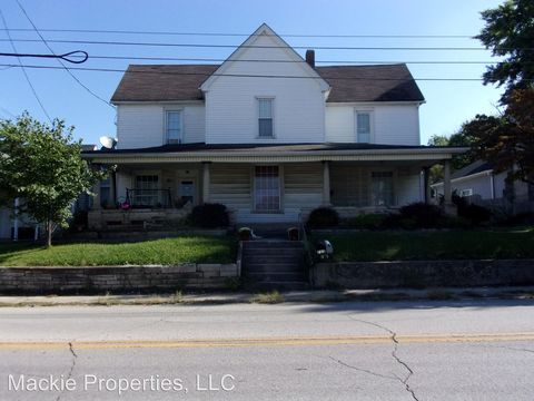 Photo of 722 N Lincoln Ave, Bedford, IN 47421