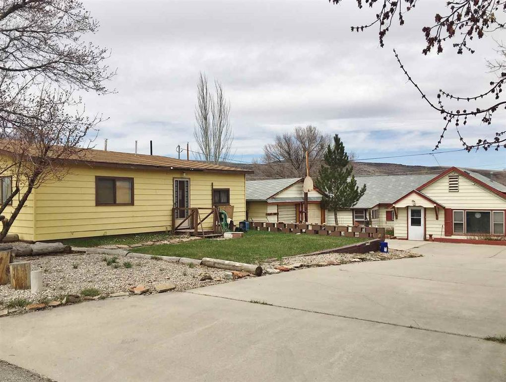 419 421 Donnel Rawlins, WY 82301