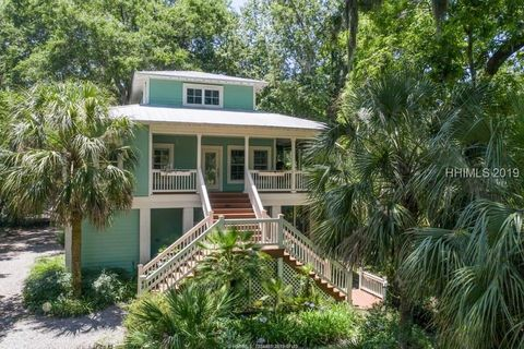 Photo of 48 Lawrence St, Bluffton, SC 29910