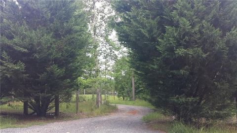 130 Cabin Estates Trl, Star, NC 27356