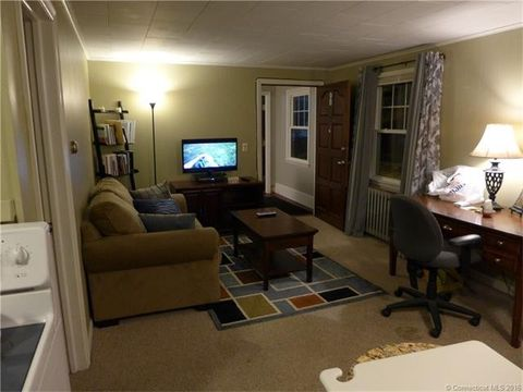 611 Middle Tpke, Mansfield, CT 06268