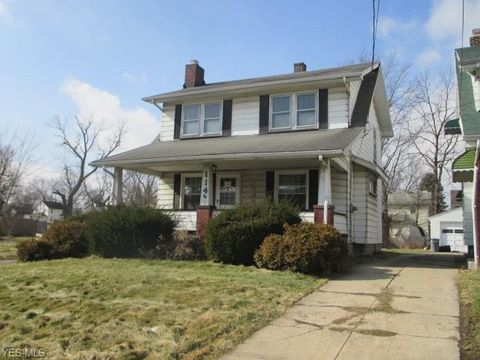 Photo of 114 Wesley Ave, Youngstown, OH 44509