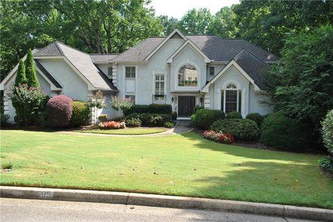 Photo of 595 Terrace Oaks Dr, Roswell, GA 30075