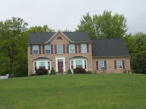 Photo of 908 N 20th St, Altoona, PA 16601