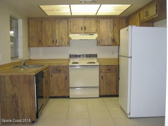 3728 s sherwood cir cocoa fl 32926 home for rent realtor com rh realtor com kitchen cabinets cocoa fl kitchen cabinets cocoa beach fl