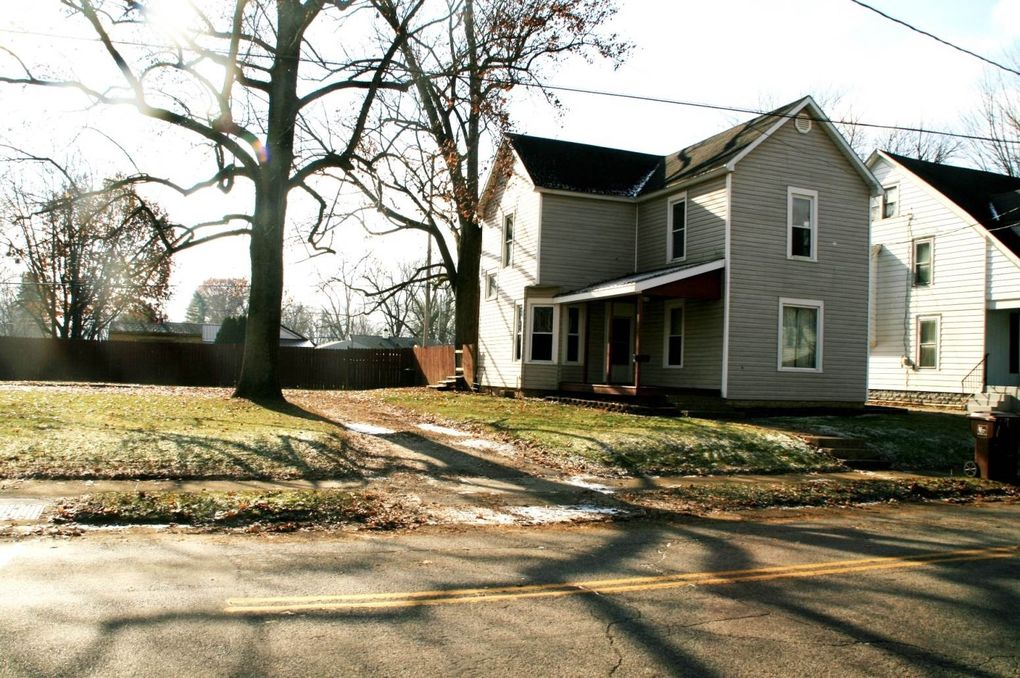 919 Pike St, Wabash, IN 46992