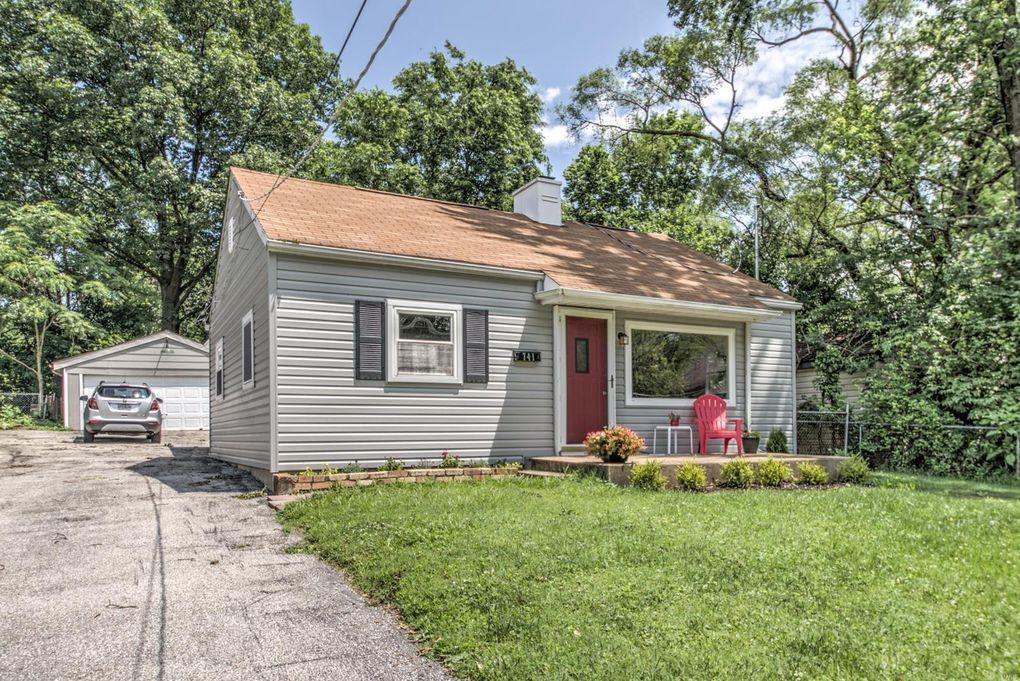 741 Garden Ave Saint Louis, MO 63119