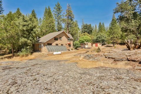 Photo of 4100 Lone Maverick Rd, Somerset, CA 95684