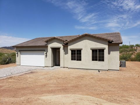 Photo of 1520 E Wild Field Dr, New River, AZ 85087