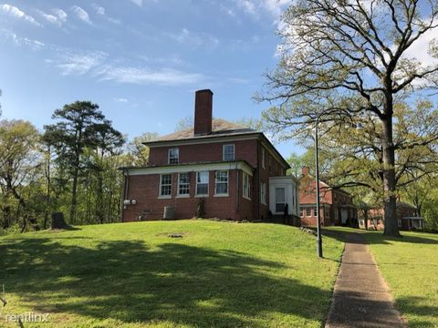 Photo of 512 N Thomas Rd, Fort Oglethorpe, GA 30742