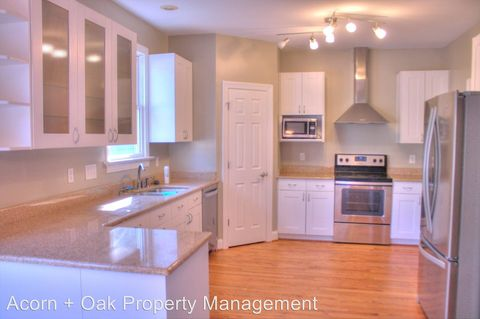 Photo of 1228 Champions Pointe Dr, Durham, NC 27712