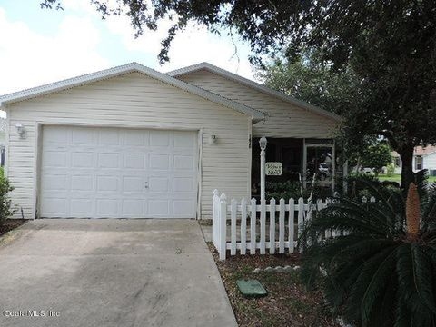 Photo of 1630 Navidad St, The Villages, FL 32162