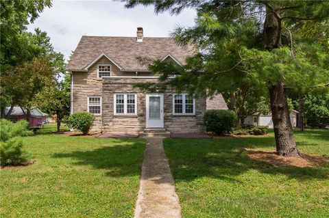 Magnificent Muncie In Houses For Sale With Basement Realtor Com Interior Design Ideas Philsoteloinfo