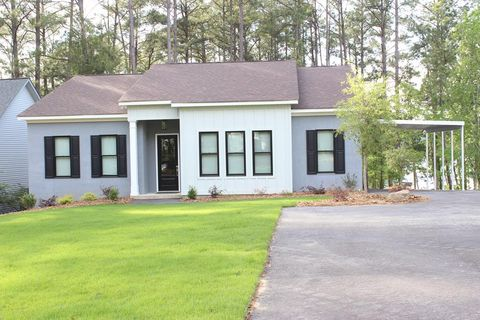 Photo of 7541 Lakeside Dr, Appling, GA 30802