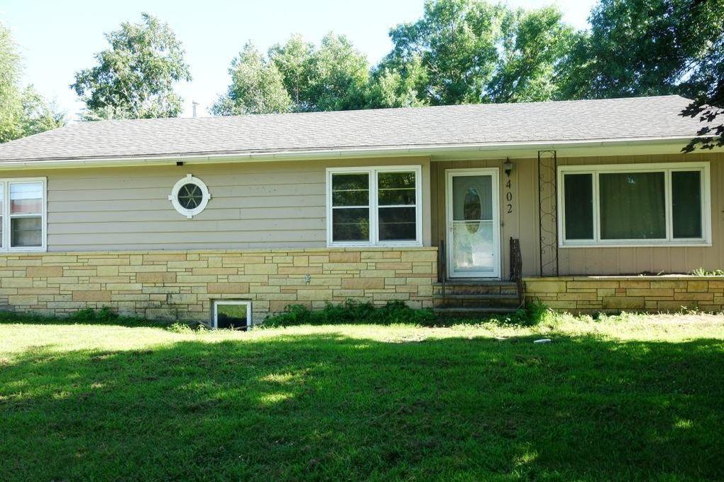 402 2nd St Se, New Richland, MN 56072