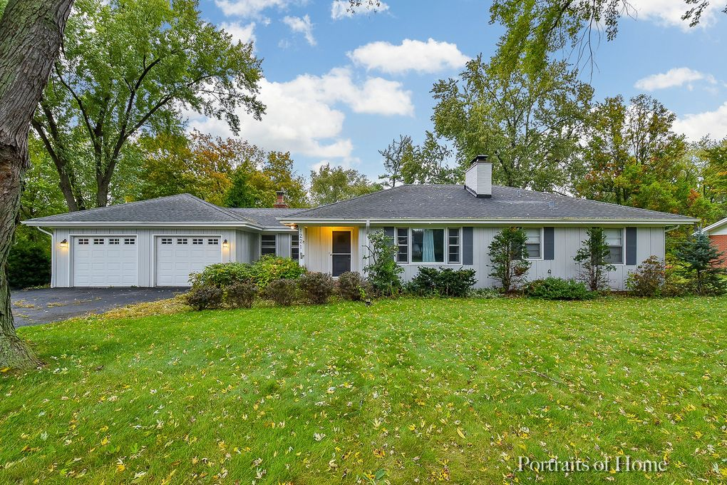 1221 Oswego Rd Naperville, IL 60540