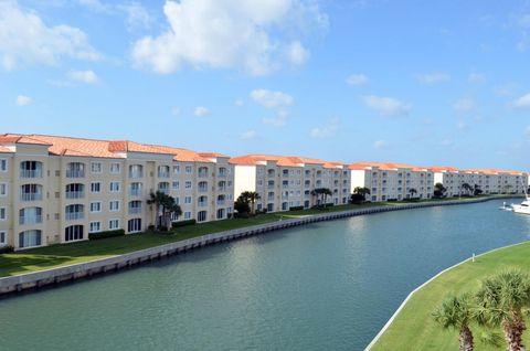 7 Harbour Isle Dr E Ph 1, Fort Pierce, FL 34949