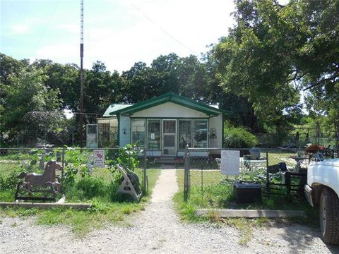 Photo of 402 County Road 459, Ranger, TX 76470