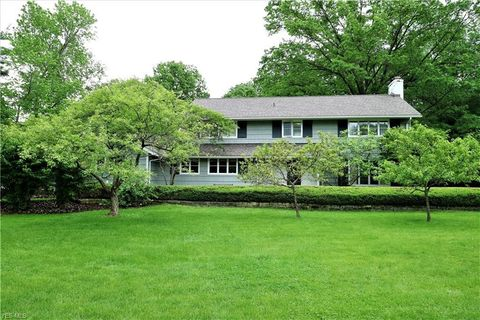 Photo of 23 Hawthorne Dr, Oberlin, OH 44074