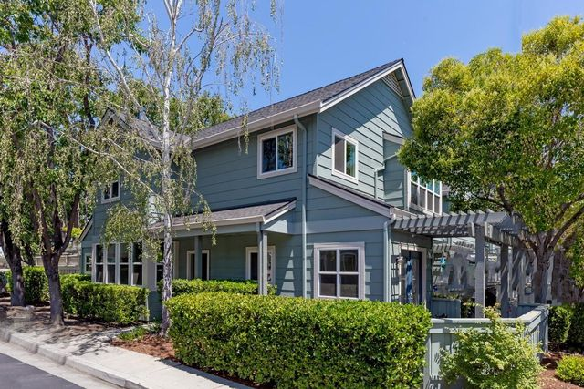 382 Winwood Ct, Mountain View
