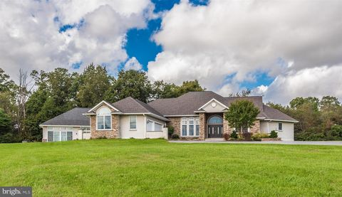 10534 Liberty Rd, Frederick, MD 21701