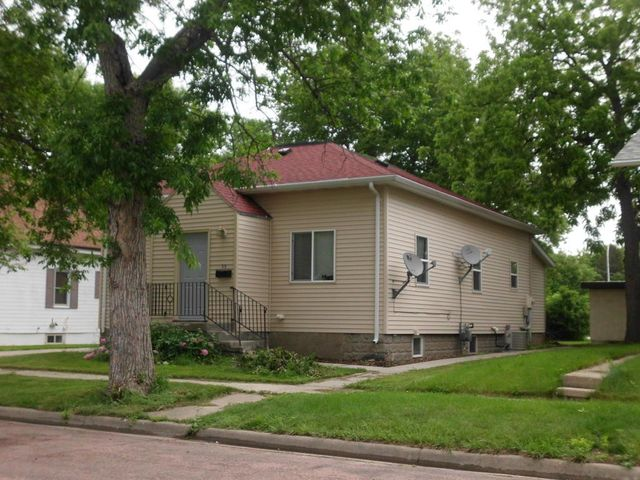 516 n edmunds st mitchell sd 57301 for Mitchell homes price list