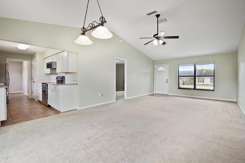54 Pine Cir, Ocala, FL 34472