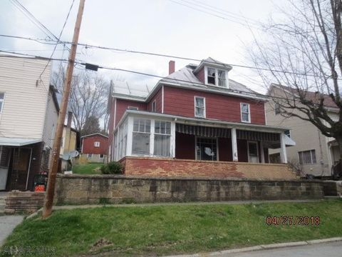909 Chestnut Ave, Northern Cambria, PA 15714