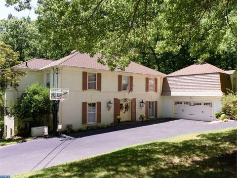1789 Hamilton Dr, Valley Forge, PA 19460