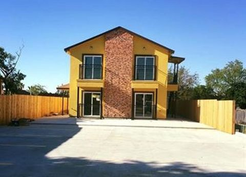 Photo of 515 E Gustavus St Unit 1, Laredo, TX 78040