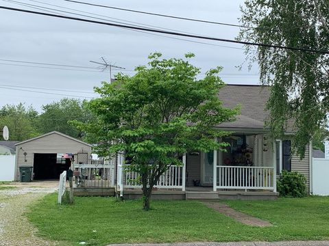 Photo of 3025 Daviess St, Owensboro, KY 42303