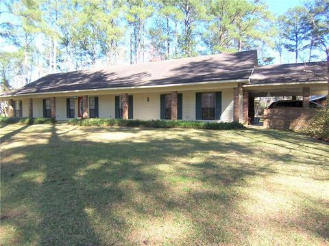Photo of 130 Charles Preuett Rd, Dry Prong, LA 71423