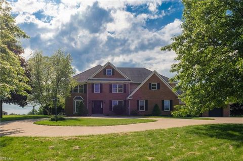 Photo of 97 Harmony Dr, Wintersville, OH 43953