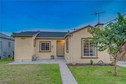 Photo of 10982 Colyer Ave, Lynwood, CA 90262