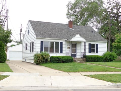 Photo of 2324 Adams St, La Crosse, WI 54601