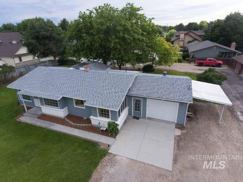 Photo of 2914 S 10th Ave, Caldwell, ID 83605